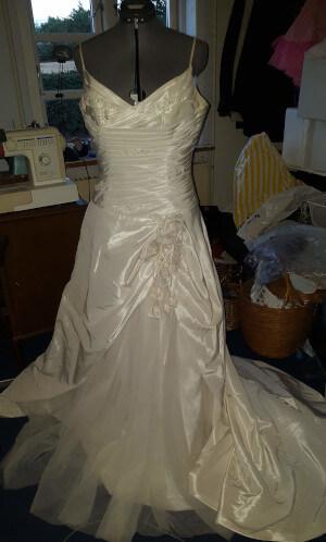 min brudekjole