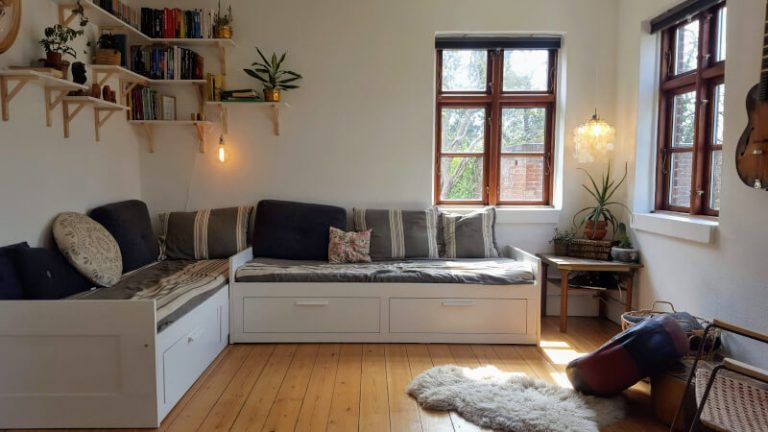 kombineret stue og soveværelse